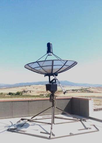IRNET_OACA_small_radio_telescope