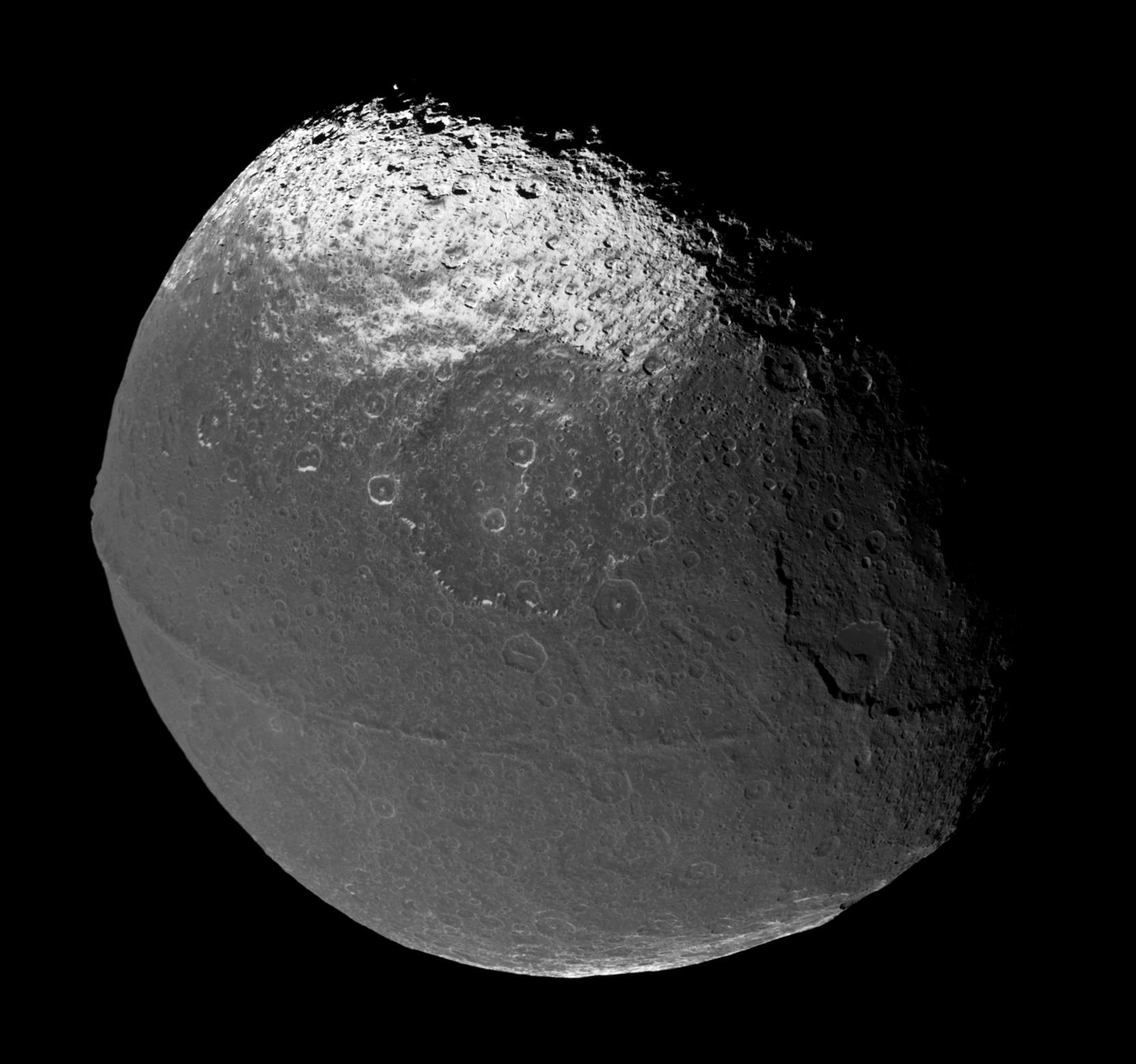 Iapetus_706_1419_1