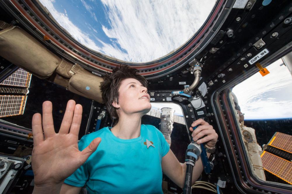 ISS-42_Samantha_Cristoforetti_Leonard_Nimoy_tribute